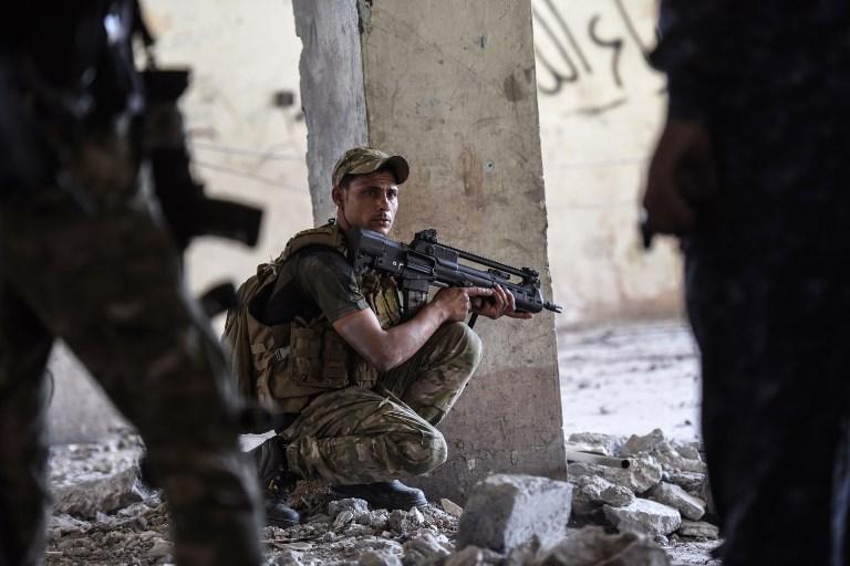 Megkezdték a hadműveletet az Iszlám Állam végső iraki menedéke ellen
