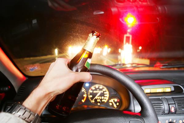 Aki ittasan vezet, azon a biztosító sem segít