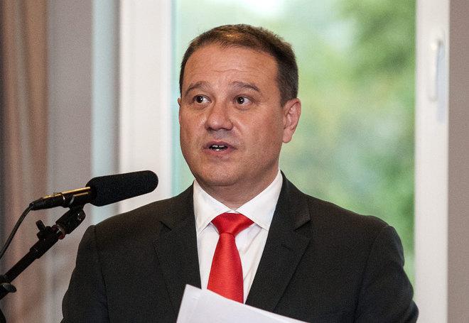 Tarsoly Csaba Szijjártónak köszönhette parlamenti belépőjét