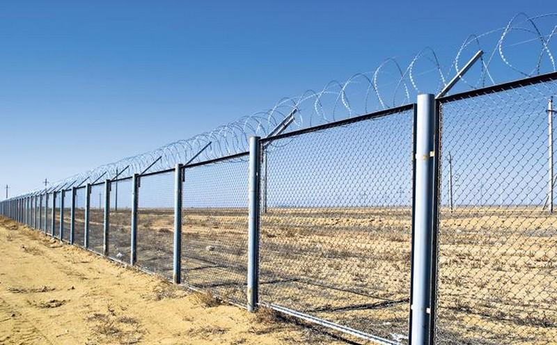 A legfrissebb felmérés szerint a többség nem építene kerítést