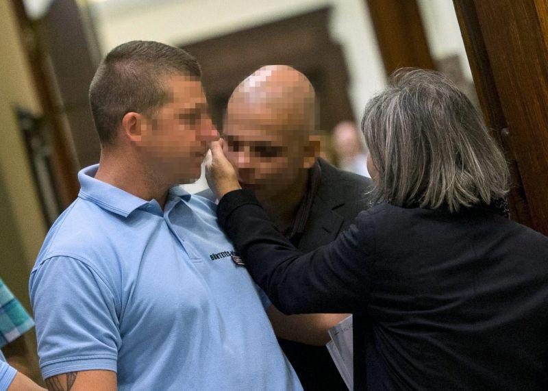 Rosszul lett S. Ábel, mikor kihirdették, hogy két és fél év börtönre ítélik