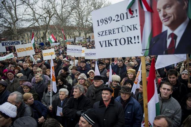A nemzeti ünnepen egyesül a Fidesz és a Békemenet