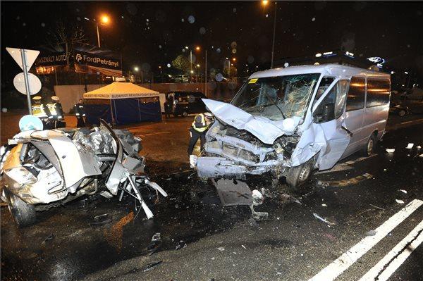 Megérkeztek a fotók a Budaörsi úti halálos balesetről