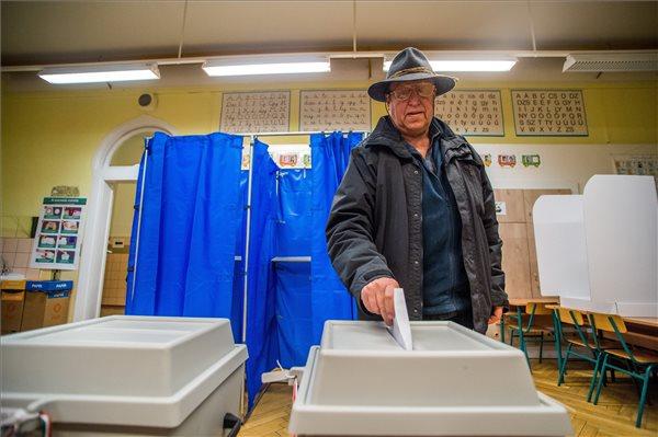 Választás 2018 – Rekordrészvétel az első órában