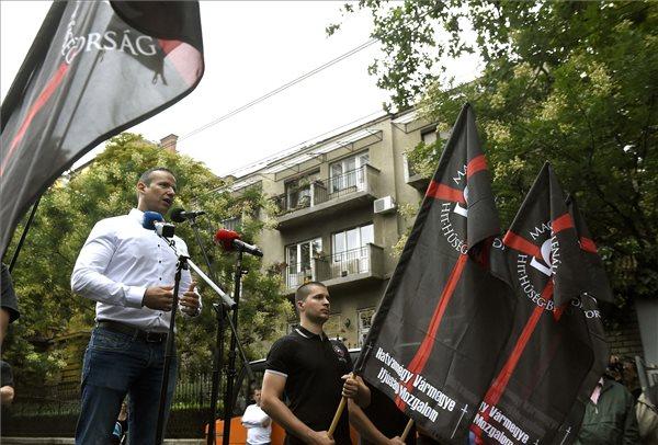 Az elítélt székely fiatalokért tüntettek Budapesten