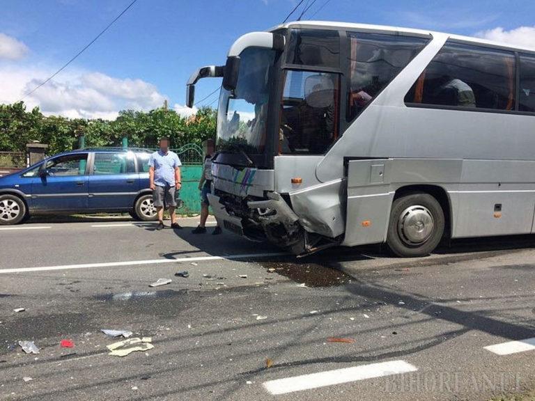 Halálos baleset részese volt egy magyar diákokat szállító busz Romániában