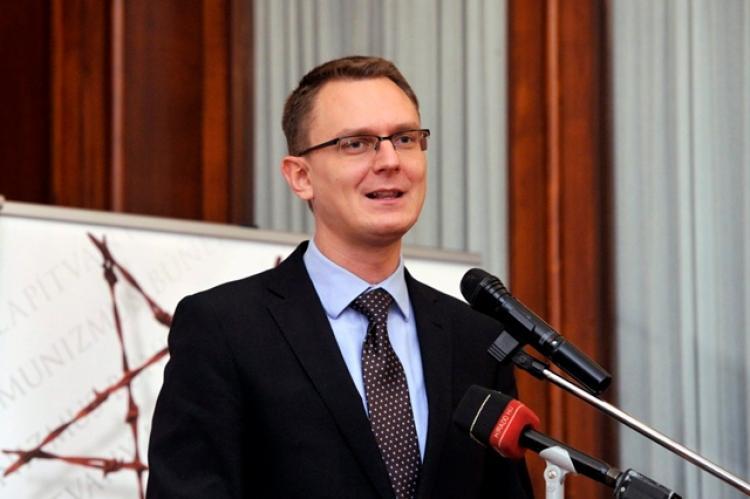 Rétvári Bence azt ígéri, szigorú marad a magyar drogellenes szabályozás