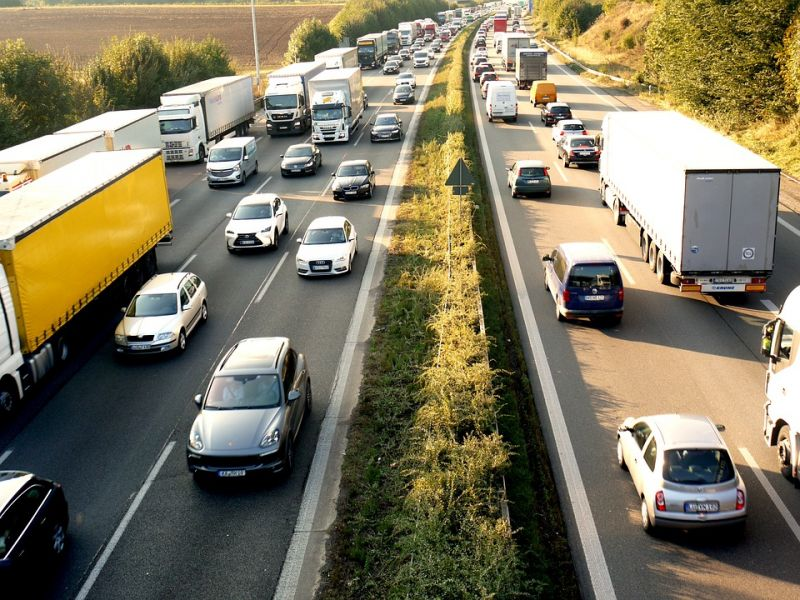 Rossz hír a Balatonra utazóknak: több kilométeres a torlódás az M7-es kivezető szakaszán