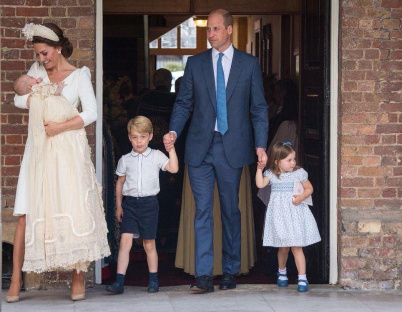 Elbűvölő felvételek – Megkeresztelték Lajos herceget, Vilmos és Katalin legkisebb gyermekét