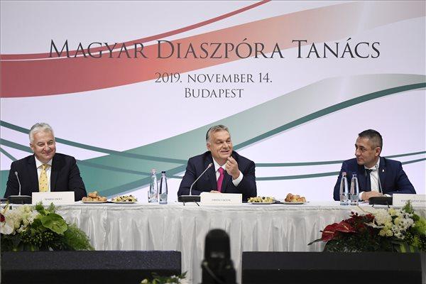 Orbán: magyart csak magyarral lehet pótolni