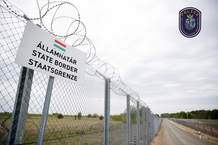 """""""Nem létező migránsinvázió?"""" A rendőrség helyretette az ellenzéki sajtót"""
