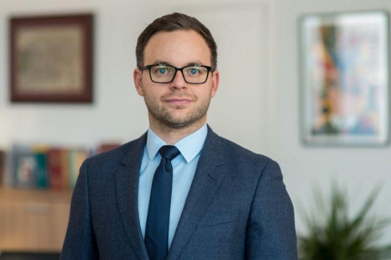 Az államtitkár elmagyarázta, hogy miért sikeresek a mai napig a rendszerváltó politikusok Magyarországon