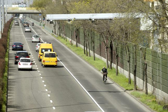 Vigyázat, már nem csak a sebességtúllépést rögzíti az új traffipax!
