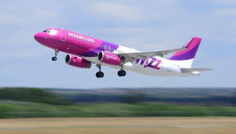 Egy napig vesztegeltek Londonban  a Wizz Air budapesti járatának utasai