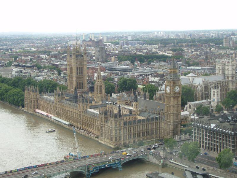 Nagyon valószínű, hogy Angliát is terrortámadás éri