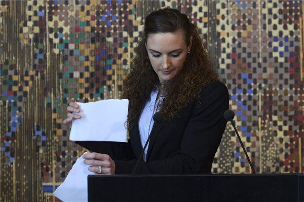 Hosszú Katinka összetépte a 12 milliós szerződését