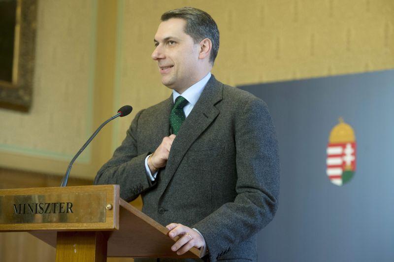 Lázár János: nem barátok a miniszterelnökkel