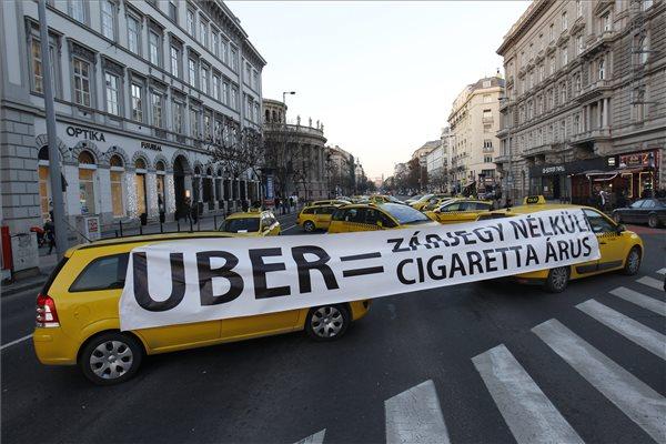 Übereltévedt taxisok, avagy mérd fel a helyzeted, ha tüntetsz