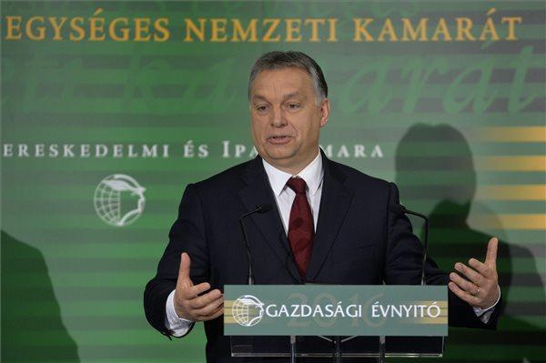 Orbán: jön a készpénzes cafeteria – nem számít bele a nyugdíjba