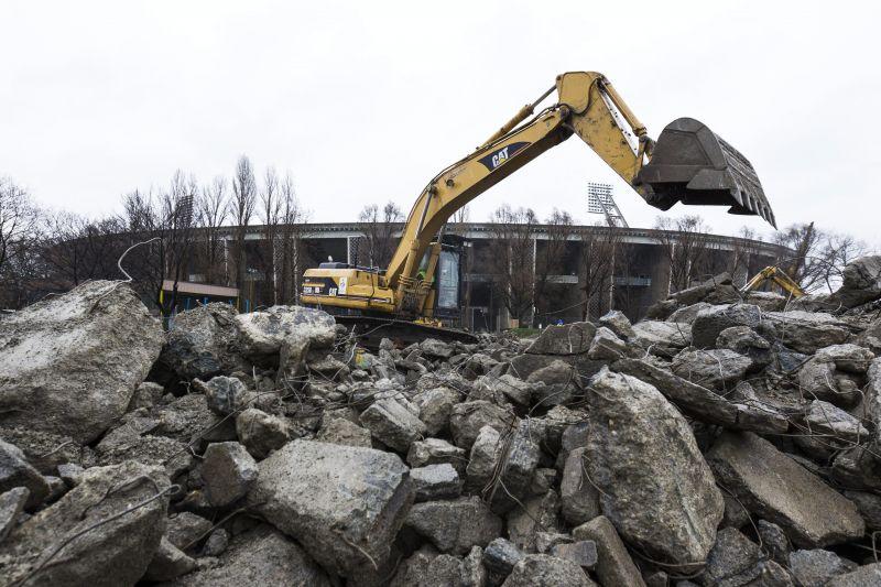 Így bontják a Puskás stadiont – képek