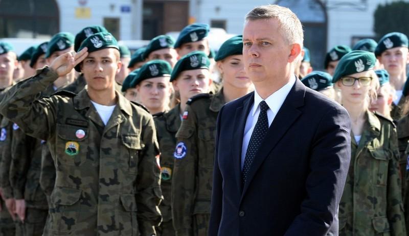 Lemondott a lengyel katonai főparancsnokság fele