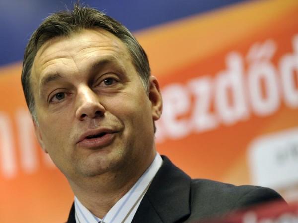 Két éve nem volt ilyen erős a Fidesz, Vona a legnépszerűbb ellenzéki politikus