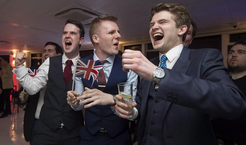 A kilépésre szavazott a többség a brit EU-népszavazáson