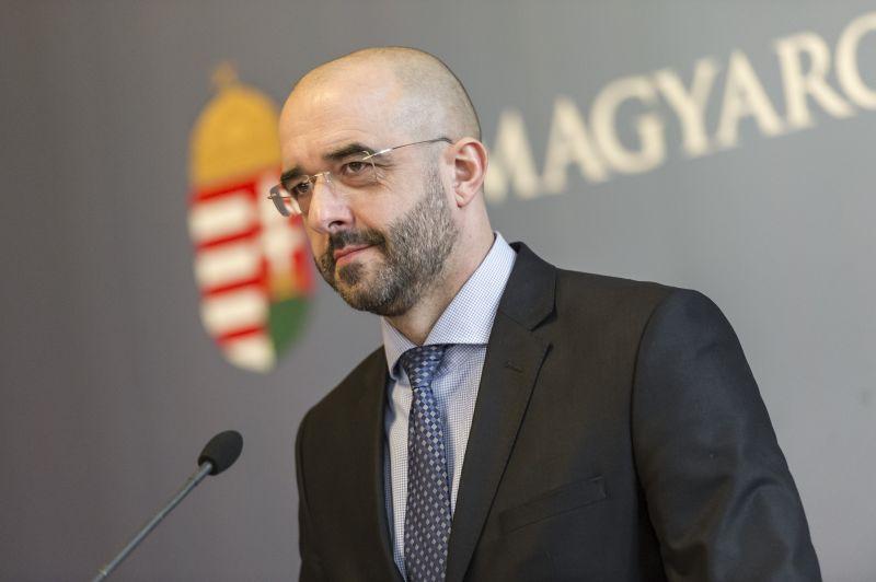 Kovács Zoltán: A civil szervezeteknek is teljesíteniük kell az átláthatóság követelményeit
