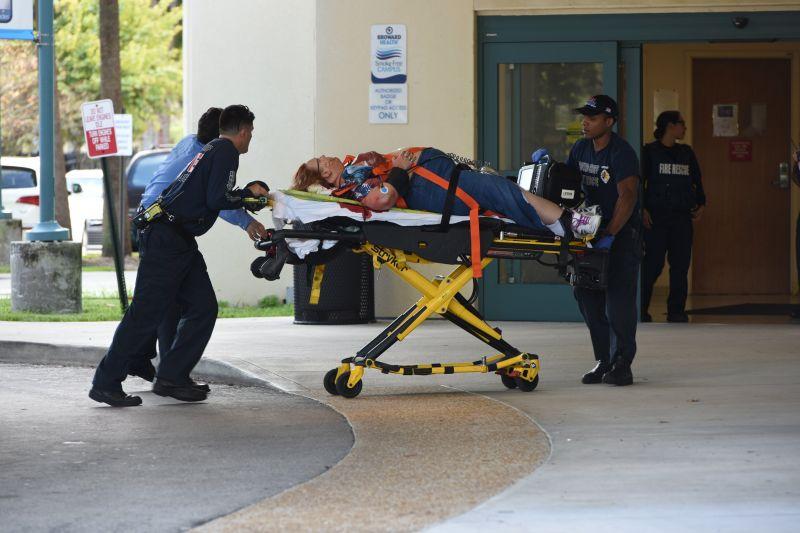 Lövöldözés történt a floridai Fort Lauderdale repülőterén