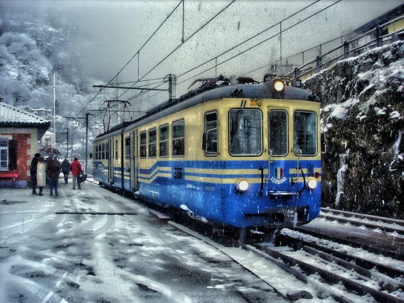 Sorra állnak le a budapesti járatok a havazás miatt