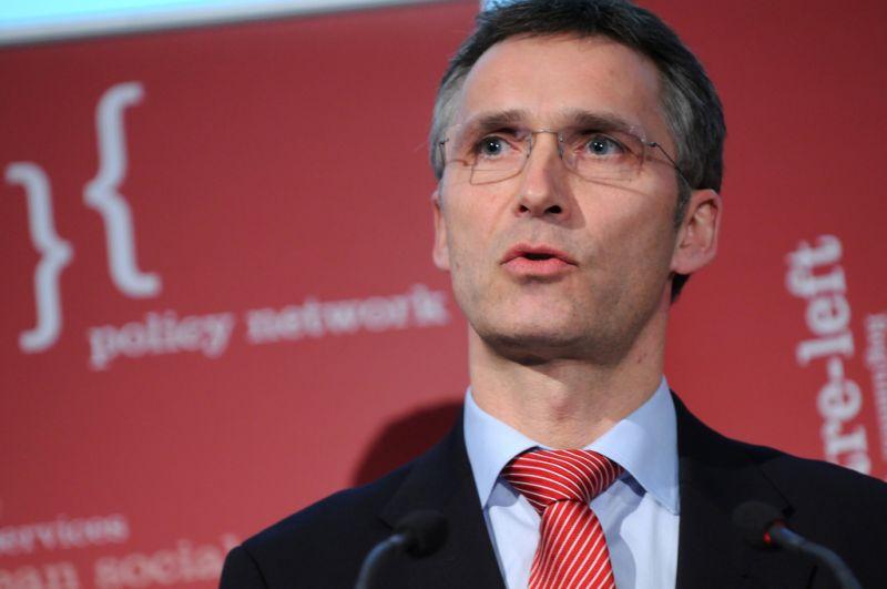 Budapestre jön a NATO-főtitkár