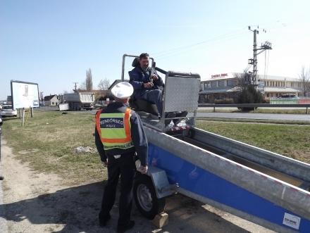 Övszimulátorral is készültek a razziára a veszprémi rendőrök