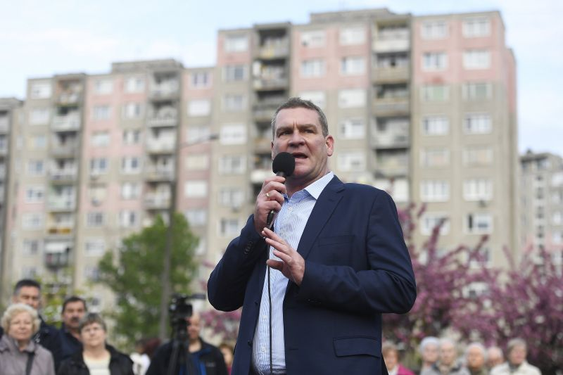 Botka szerint a Fidesz fél, a kormány pedig nem erős, hanem erőszakos