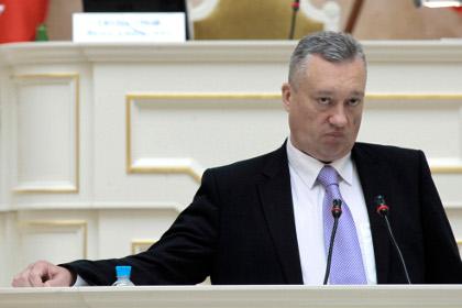 Már megint halálos baleset ért egy orosz politikust: lépcsőről zuhant le