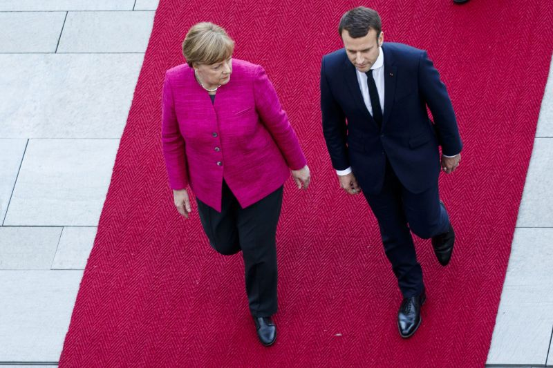 Merkel és Macron is hajlandó módosítani az EU alapszerződését