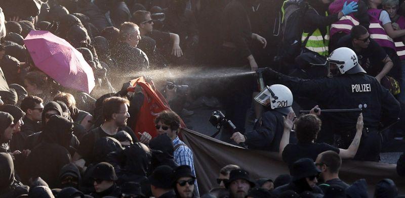 """""""Welcome to Hell"""" – eldurvult a G20 csúcs elleni tüntetés Hamburgban"""