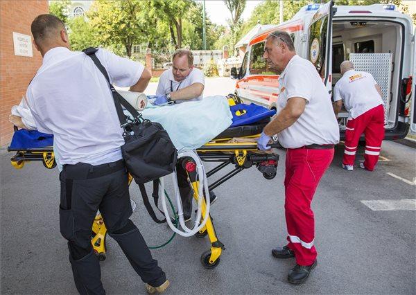 Lázasan és tüdőgyulladással érkezett haza Burkus Vanessza