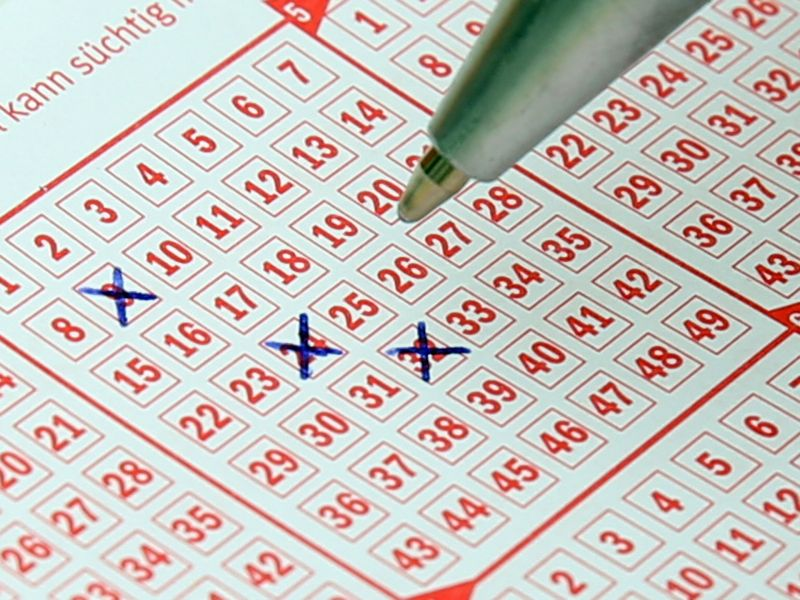 Itt vannak a nyertes lottószámok