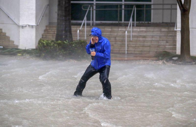 Irma már Florida déli csücskét ostromolja