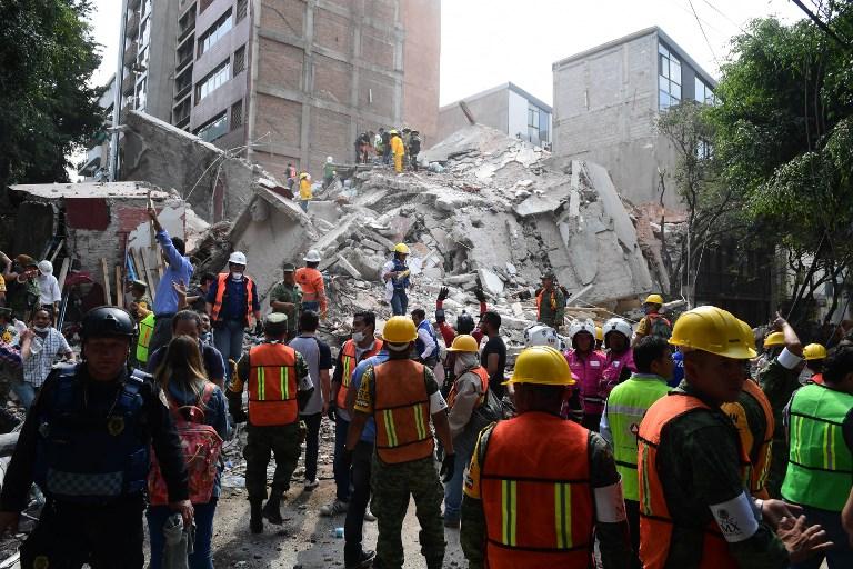 Mexikói földrengés: legalább 216 ember meghalt – folyik a kutatás a túlélők után
