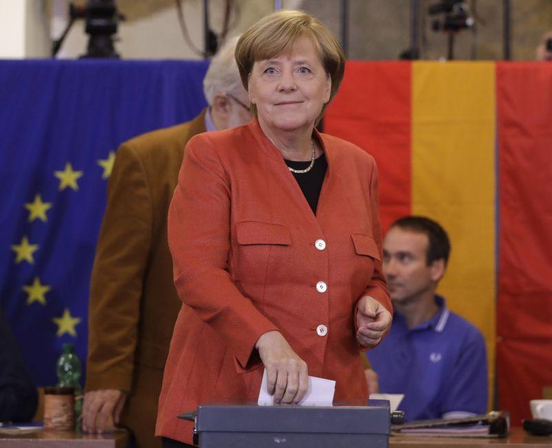 Merkel pártszövetsége nyert, de nem örülhetnek annyira – a szélsőjobb is bejutott a Bundestagba