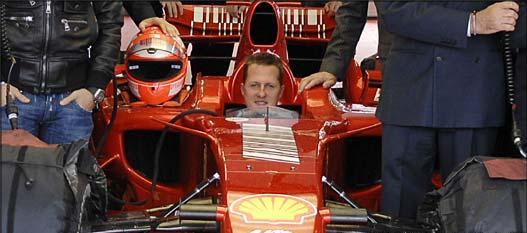 Michael Schumacher szóvivője eloszlatott pár pletykát a pilóta állapotáról