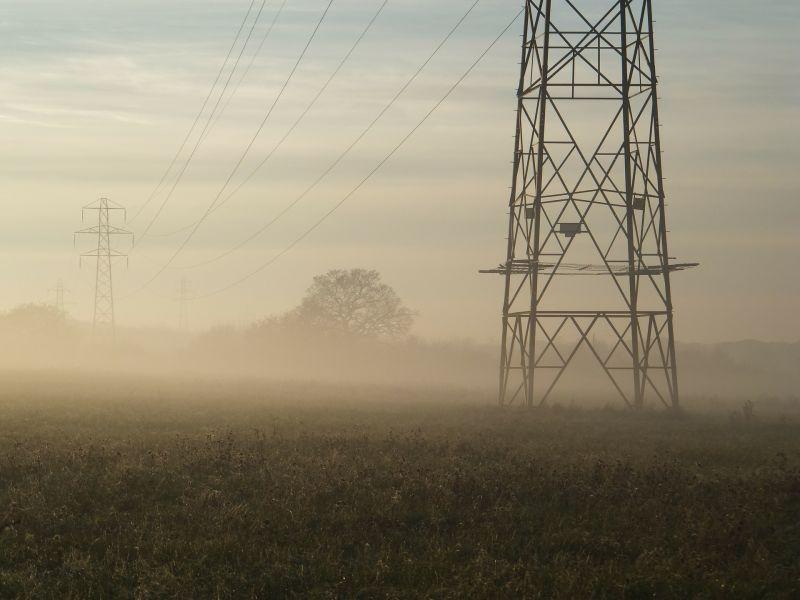 Jön a rezsicsökkentés folytatása – egyezkedik a kormány az energiaszolgáltatókkal