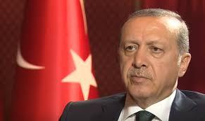 Erdogan szerint túlzás, hogy őt ábrázoló szobrokkal hízelegnek neki