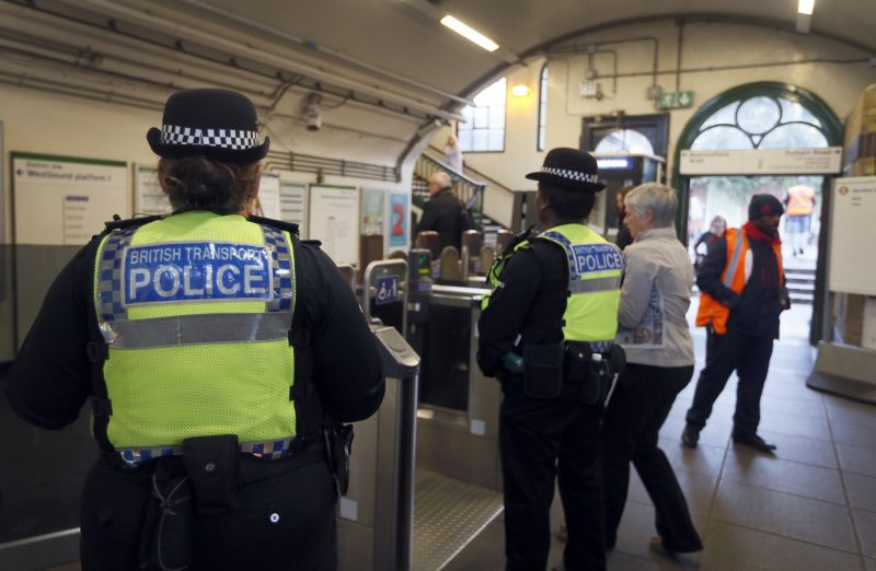 Vádat emeltek a londoni metrórobbantó ellen