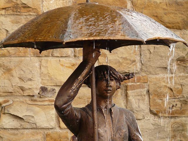 Tipikus őszi nap lesz ma sok esővel és széllel
