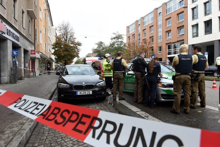 Késes támadás Münchenben, elfogták a támadót