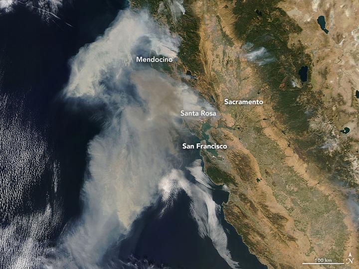 Akkora tűzvész pusztít Kaliforniában, hogy a világűrből is látszik