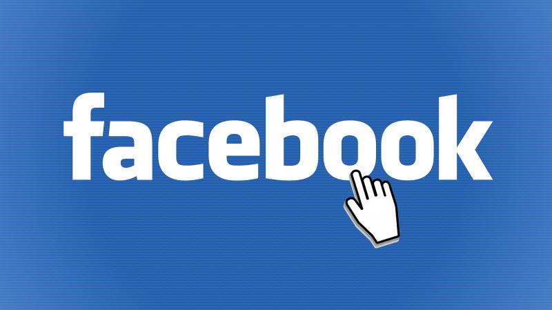 Bekeményített a NAV: feketelistára tette a Google-t és a Facebookot