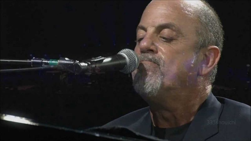 68 évesen ismét gyereke születik a híres énekesnek